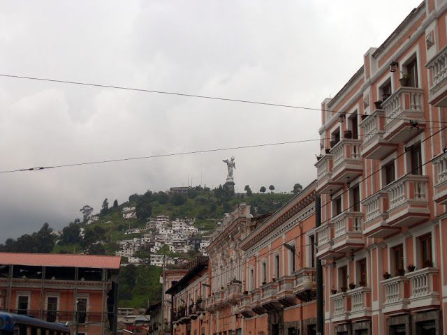 el-panecillo-quito